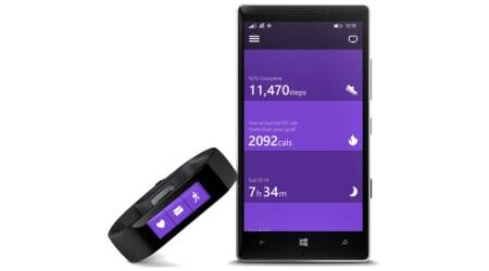 Microsoft Band fitness device arrives for $199