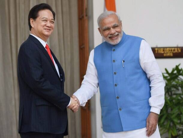 India, Vietnam decide to step up security, defence ties