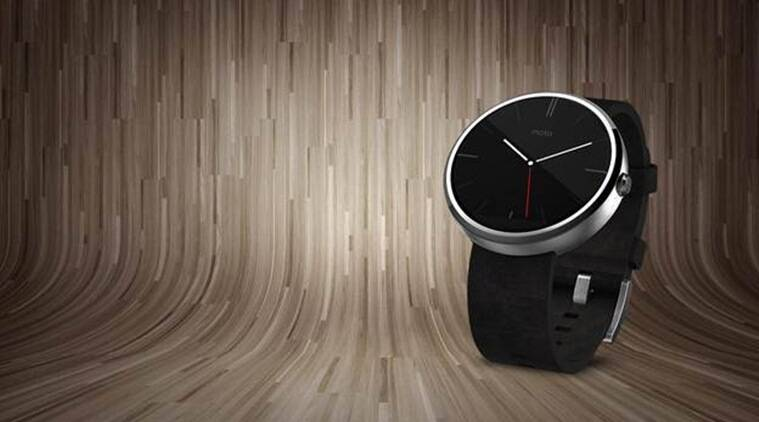 Moto 360 works on Android Wear