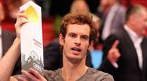 Resurgent Murray outlasts Ferrer, closer to Finals cut