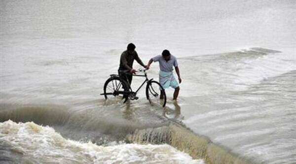 The state government is making preparation on par with that made to deal with Cyclone Phailin last year. (Source: Reuters/file)