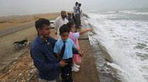 Pakistan to evacuate 50,000 people in wake of Nilofar cyclone