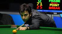 Advani stuns Gilchirst to win World Billiards Championship