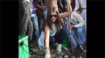 Priyanka Chopra accepts PM's 'Clean India Campaign' invite