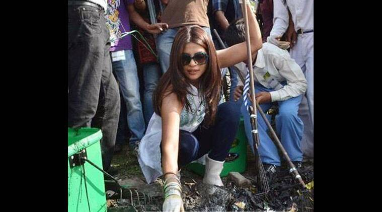 The 'Mary Kom' actress also encouraged her fans to contribute towards the mission.