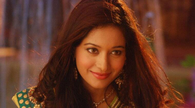 "Television actress Preetika Rao is flummoxed by reports suggesting she is in a relationship with the director of her successful serial ""Beintehaa"". She has clarified that she is single and that she has no time to 'mingle'."