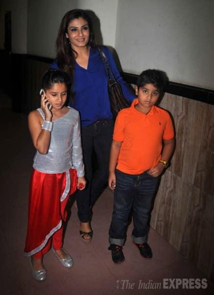 Karisma Kapoor, Raveena Tandon with their kids at a dance event