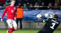 Wayne Rooney shows the way again as England maintain perfect start