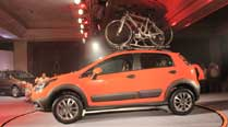 Fiat launches Avventura at Rs. 5.99 lakh