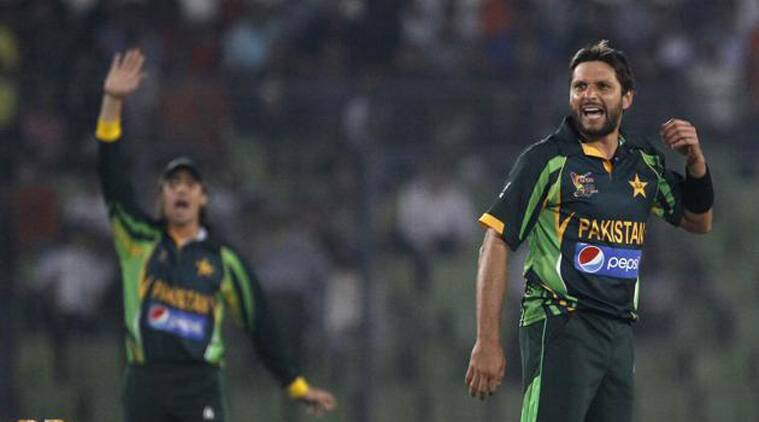 Shahid Afridi's remarks fuelled speculation that Misbah was put under pressure to step aside for the third ODI (Source: AP)