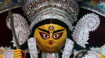 Rs 10-cr diamond jewellery at one Durga Puja, 18-kG gold ornament at another