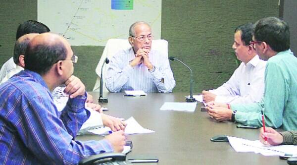 E Sreedharan at a meeting with Lucknow Metro officials in Lucknow on Tuesday. (Source: IE photo by Vishal Srivastav)