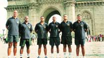 Swimming against tide, IAF team plans to circle Mumbai in 50 hrs