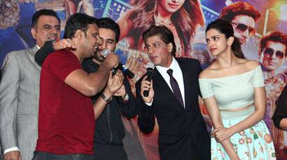 PHOTOS: It's 'Happy New Year' again - Shah Rukh, Deepika come together for 'Sharabi'