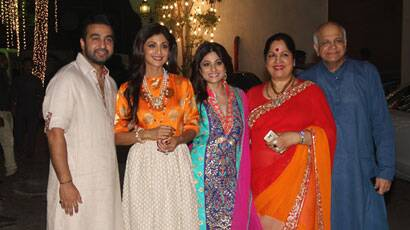 PHOTOS: Shilpa Shetty, hubby Raj Kundra kickstart the Diwali celebrations