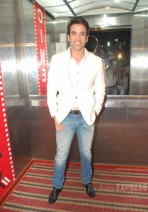Tabu hosts 'Haider' screening for friends