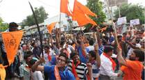 Common thread in Gujarat clashes: VHP 'aiding' police