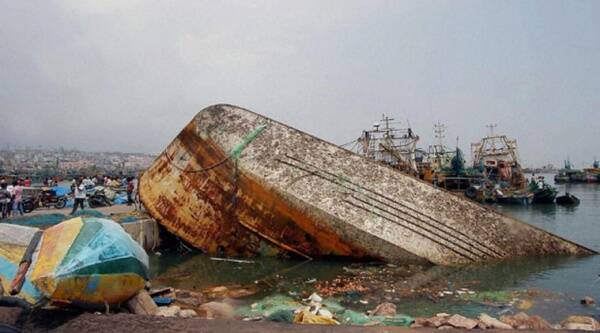 Damages aftermath of the Hudhud Cyclone in Visakhapatnam (Photo: PTI)