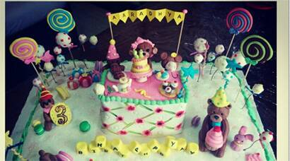 Photos Sneak K At Aaradhya Bachchan S Birthday Cake A Gift From Ambanis The Indian Express