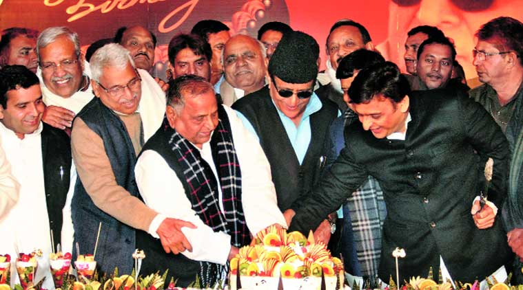 Overwhelmed Mulayam orders Akhilesh to fulfil Azam demand