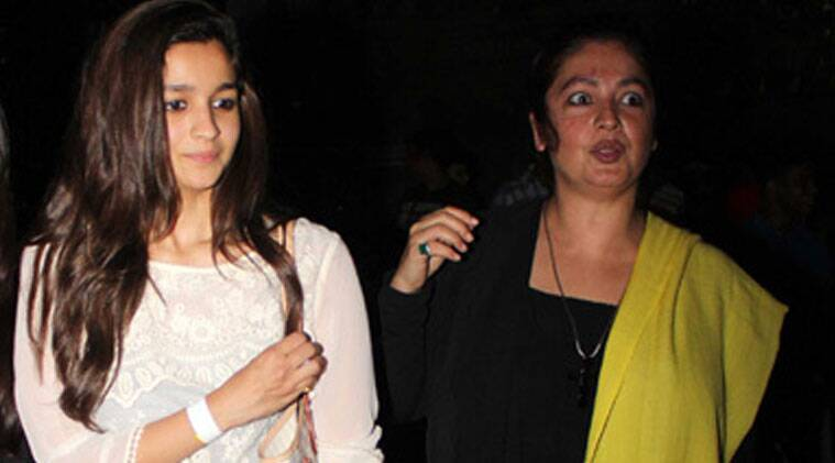 The 'Jism' director said that Alia, 21, is in the same phase like her when she started out her career in the '90s.