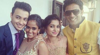 Arpita Khan and Aayush Sharma party with friends post wedding