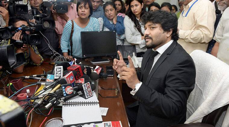 Babul Supriyo taking charge as the Minister of State for Urban Development, Housing and Urban Poverty Alleviation, in New Delhi on Monday. (Source: PTI)