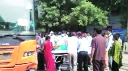 A baby girl is born on Bus No.835