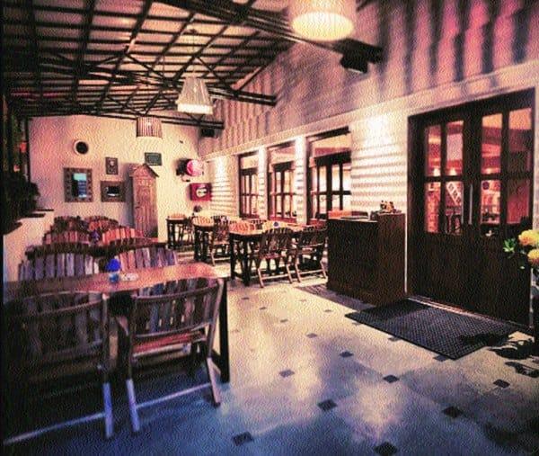 Summer House Café's interiors