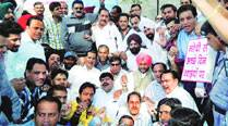 Divided protest by Congress against price hike ofdrugs
