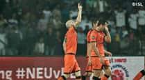 ISL 2014: Pride more than playoffs on Delhi Dynamos, Mumbai City FCminds