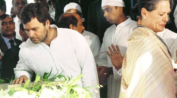 Sonia Gandhi, Rahul Gandhi and Milind Deora at the funeral in Mumbai on Monday.