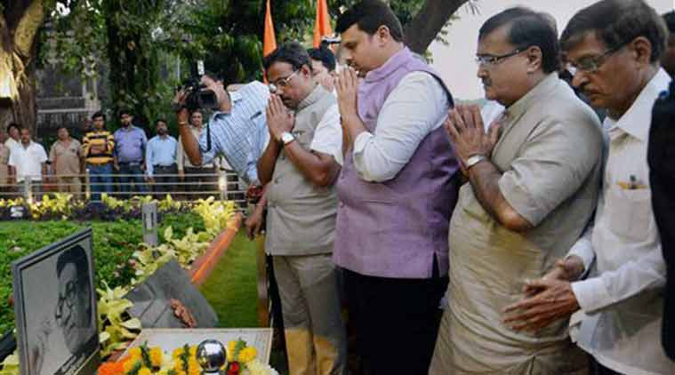 Maharashtra Chief Minister Devendra Fadnavis along with his Cabinet ministers pays tribute to the late Balasaheb Thackeray at Shivtirth in Mumbai on Saturday. (Source: PTI)