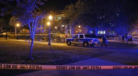 1 policeman killed, 3 injured in 2 shootings in Florida