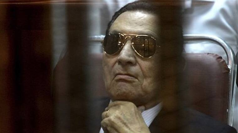 n this Saturday, April 26, 2014 file photo, ousted Egyptian President Hosni Mubarak attends a hearing in his retrial over charges of failing to stop killings of protesters during the 2011 uprising. (Source: Reuters)