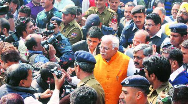 Haryana Chief Minister Manohar Lal Khattar at a felicitation ceremony organised by the Delhi BJP. (Source: Express photo by Prem Nath Pandey)