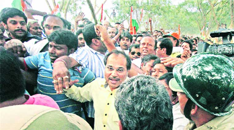 Police detain WBCC president and MP Adhir Ranjan Chowdhury and his delegation for trying to enter Makra village under Parui PS in Birbhum on Saturday. (Source: PTI)
