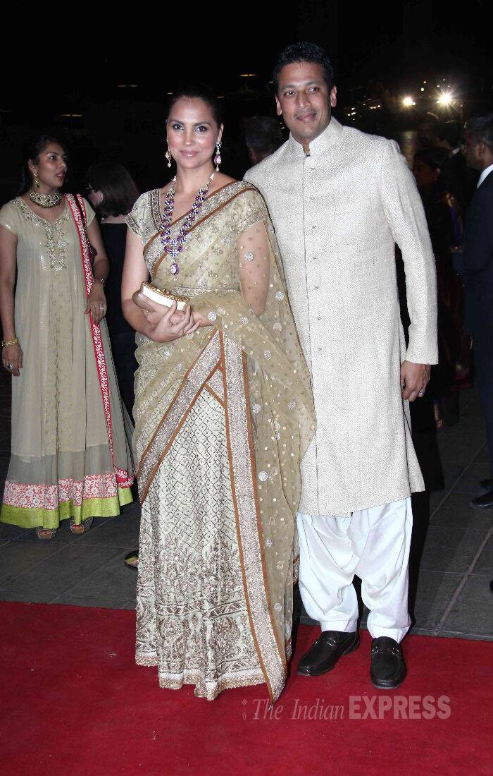 Lara Dutta was also dressed to impress in a beautiful gold Ritu Kumar sari, while husband Mahesh Bhupati wore a kurta-dhoti.