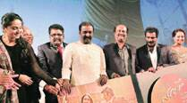 Actor Anushka Shetty, writer Pon Kumaran, director K.S. Ravikumar, lyricist Vairamuthu, Rajinikant, producer Rockline Venkatesh and Sonakshi Sinha at the music and trailer launch of Lingaa
