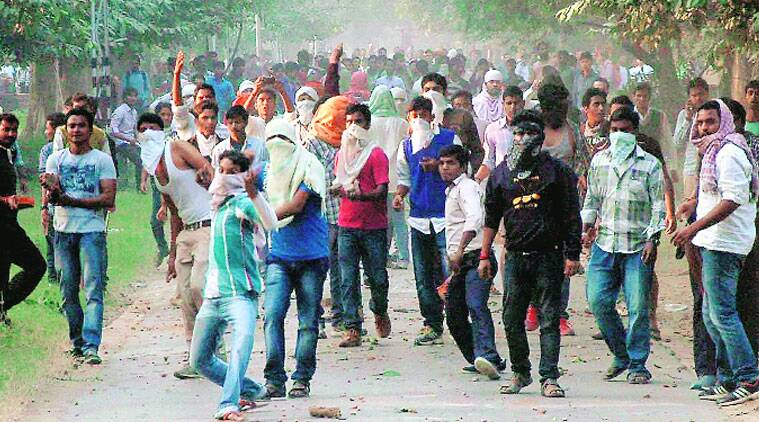 BHU students' stir turns violent, 1 hurt