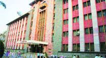 PMC to bear full medical expenses of former corporators,spouses
