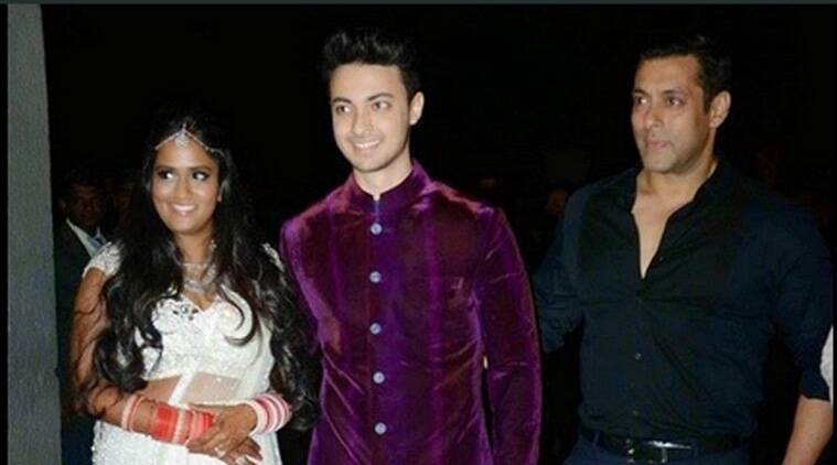 Salman Khan's sister Arpita Khan tied the knot with her fiance Aayush Sharma at the famous Falaknuma Palace in Hyderabad yesterday. A host of photographers, video journalists, reporters and fans were posted outside the wedding venue to get minute-by-minute update of the Big Khan wedding.