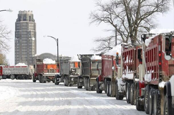 Deadly blizzards maroon people at homes, on roads in New York