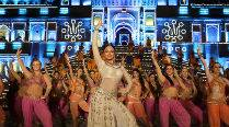 Sonakshi Sinha steals the show in Tevar song 'Radha Nachegi'