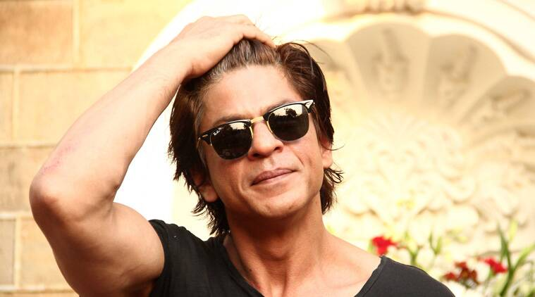 Shah Rukh: Superstar Shah Rukh Khan seems to be inspired by Bollywood's noted dialogue 'Khamosh'.