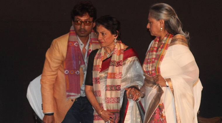 Tanuja attended the inaugural of the 20th Kolkata International Film Fest on Monday. (Source: Express photo by Partha Paul)