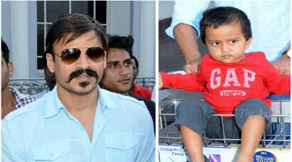 Vivek Oberoi takes a trip with wife, son