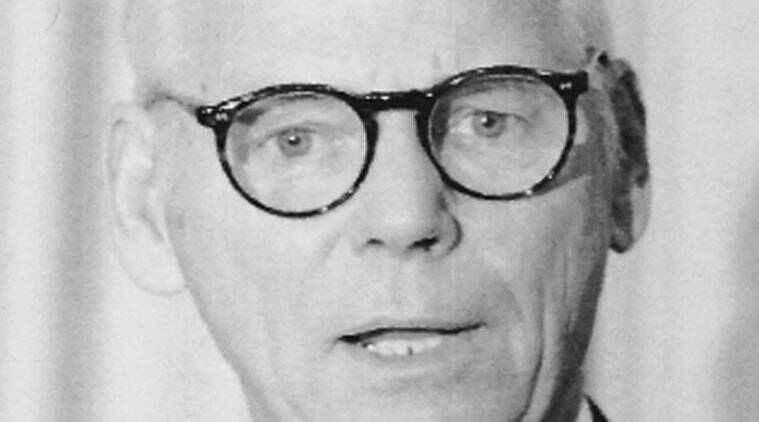 Warren Anderson died in September
