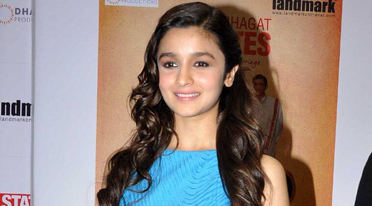 Alia Bhatt is flooded with offers, so much so that she's now in a dilemma as to which offers to choose over others.