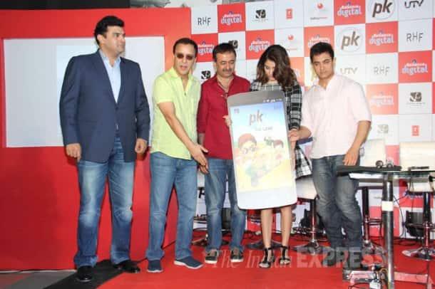 Aamir Khan, Anushka Sharma play for 'PK'